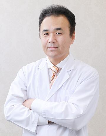 MIYAフェイスクリニック院長 宮里 裕